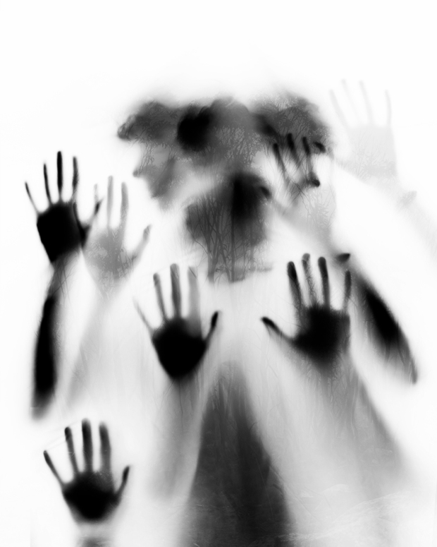02-liam-hands